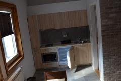 apartmani-zupa-trpezarija-kuhinja-s